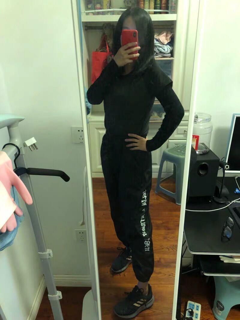 まだ着てませんが、触り心地は柔らかくて気持ち良いです! 3色買いました。 良かったら、またリピしたいです。